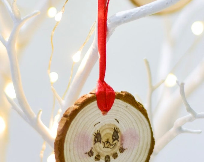 Rosey Cheeked Snowman Face Tree Ornament (eyes open).