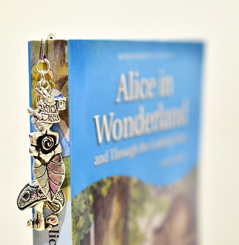 Alice in Wonderland Bookmark image 0