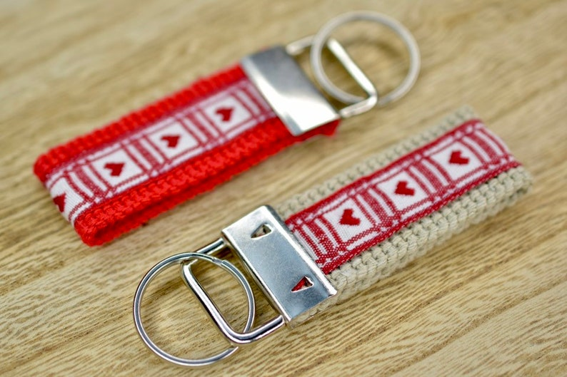 Woven Friendship and Family Key Ring image 0