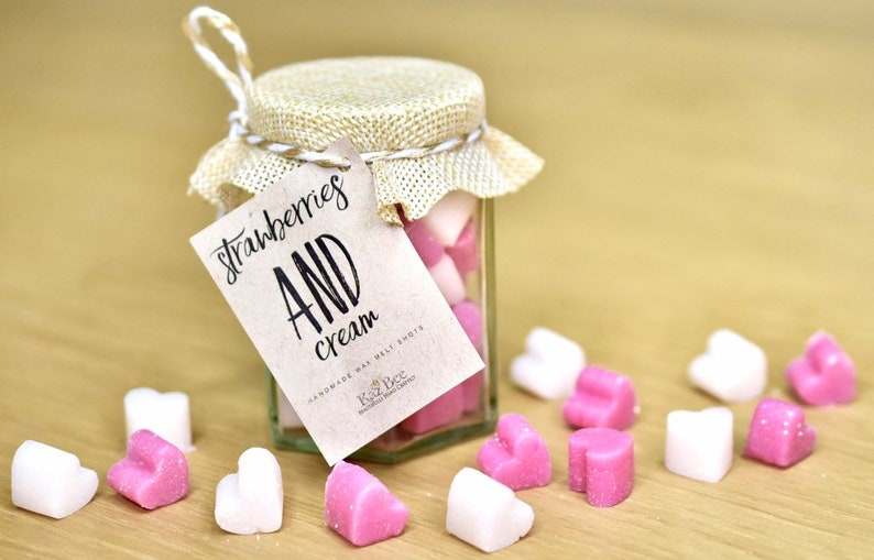 Strawberry and Cream Mini Wax Heart Melts in a Jar image 0