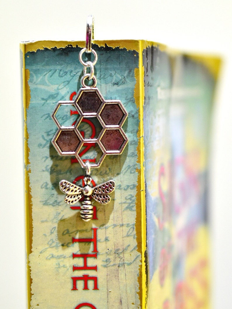 Honey Bee Bookmark image 0