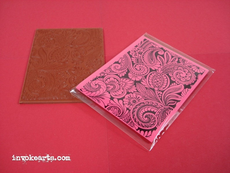 Floral Paisleys ATC / Invoke Arts Collage Rubber Stamps / image 0