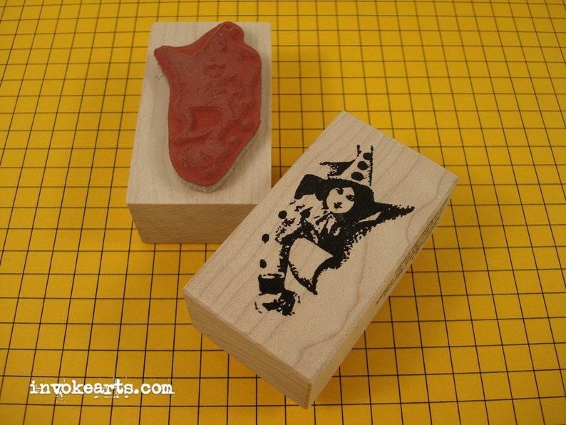 Sale / Small Sheri Burst Face Stamp/ Invoke Arts Collage image 0