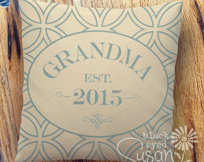"""16 Colors: Customized Grandparent Pillow Cover 