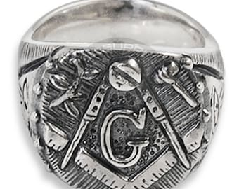 Masonic ring in Silver with GAOTU. Square and Compass. Made in Italy