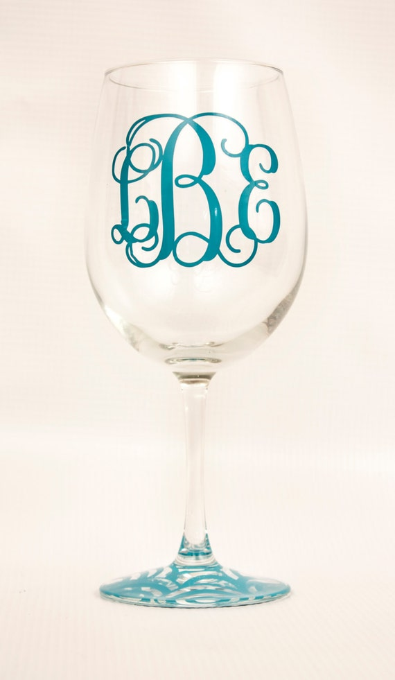 Personalized Monogrammed Wine Glass/ Birthday/Valentine's Day/Wedding Gift/Bridal shower/bachelorette party