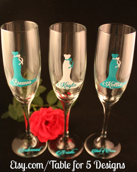 Set of 6 Personalized Wedding Champagne Flutes/ Glasses/ Wedding Dress/ Bridesmaid/ Maid of Honor/ Mother of the Bride/ Mother of the Groom