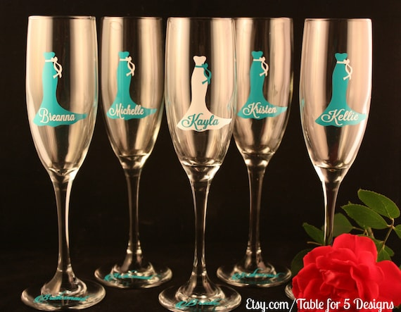 Set of 9 Personalized Champagne Flutes/Champagne Glass/Bridesmaid/Maid of Honor/Mother of the Bride/Mother of the Groom/Summer Wedding