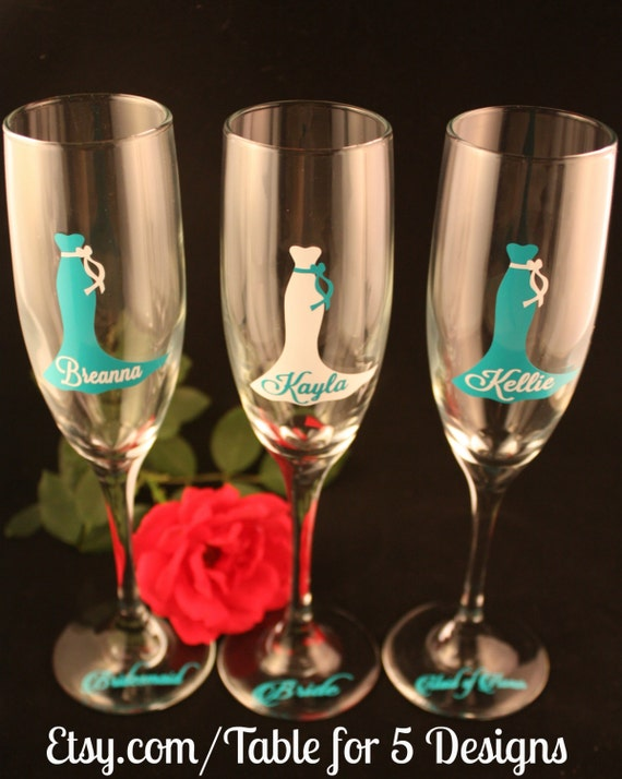 Set of 8 Personalized Wedding Champagne Flutes/ Glasses/ Wedding Dress/ Bridesmaid/ Maid of Honor/ Mother of the Bride/ Mother of the Groom
