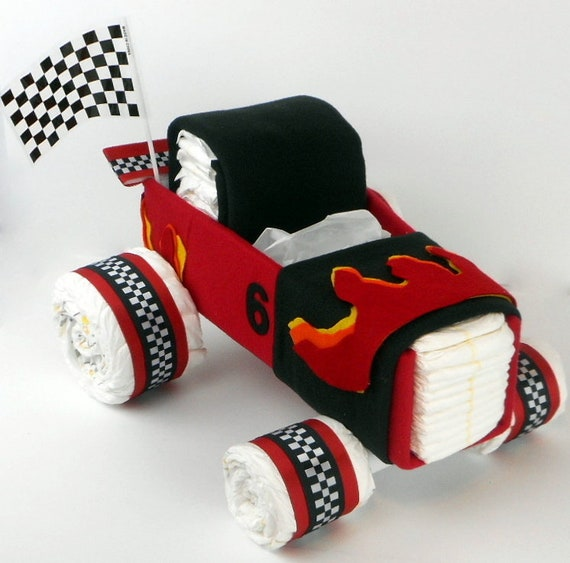 Gateau de couches voiture fille