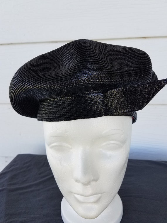 7fd5ac54307 Vintage Frank Olive Shiny Black Straw Beret with Jaunty Trim