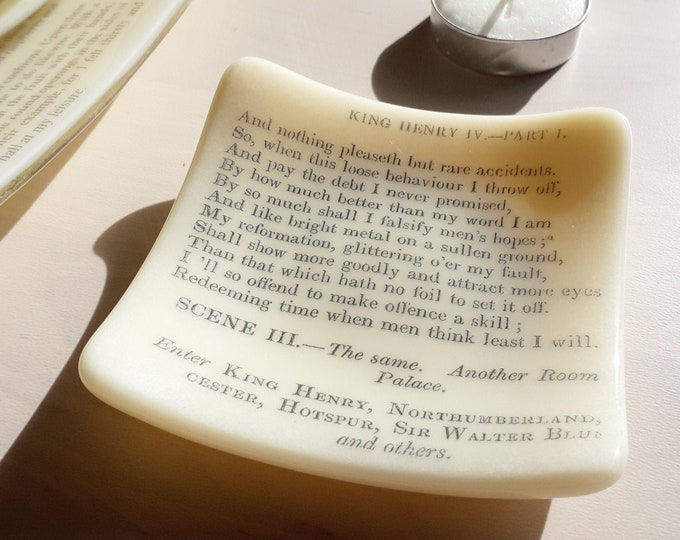 Henry V trinket dish, cream coloured fused glass with vintage text from Shakespeare's Henry V