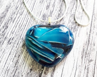 Heart pendant in blue and white cast glass.