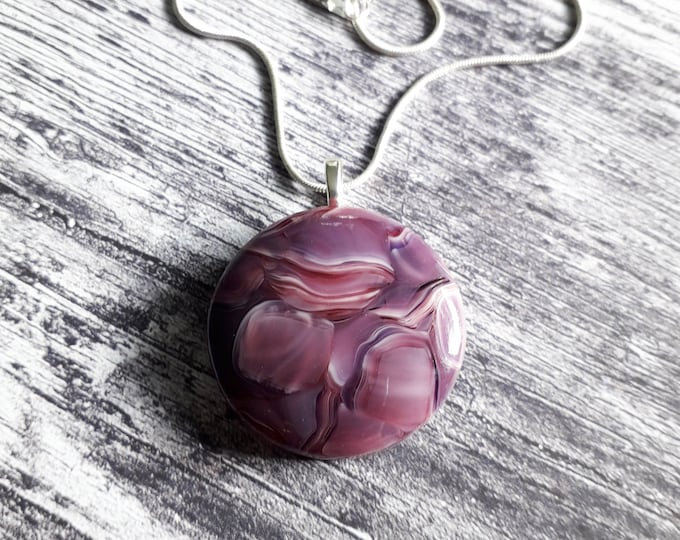 Cast glass pendant, pink and purple patterned glass on silver