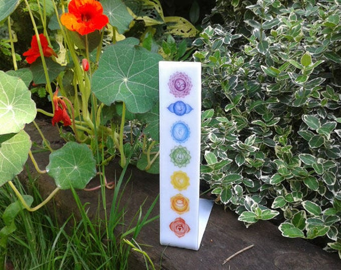 Chakra stand, fused glass, for home decoration or meditation altar