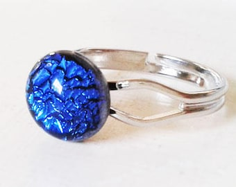 Small blue ring, made from bright cobalt blue dichroic fused glass.