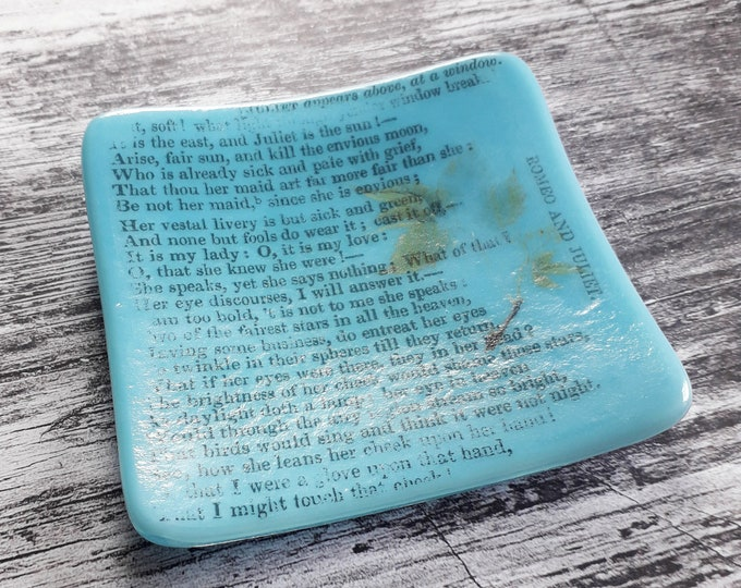 Romeo and Juliet trinket dish, green fused glass with text from antique copy of the Shakespeare play.
