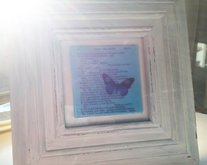 Romeo and Juliet glass art in white wooden frame