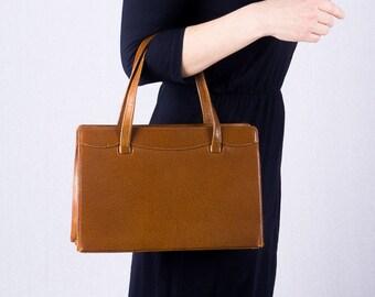Vintage handbag-Cognac leather handbag-60s vintage bag-elegant 60s handle bag-handbag in set-pencil