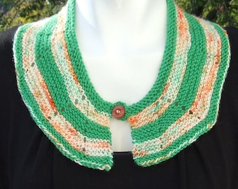 Hand knitted detachable collar - Knitted collar - Peter Pan style knitted green and orange collar in merino wool with contrast button