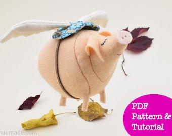 Flying Pig Sewing Patternl, Felt Pig with Wings, Whimsical Animal Pattern, Inspirational message, Fun Felt Animal, Handmade Gift, Dream, DIY