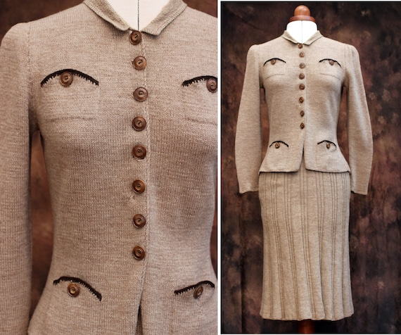 Vintage 1930s Oatmeal Beige Wool Knit Ribbed Skirt