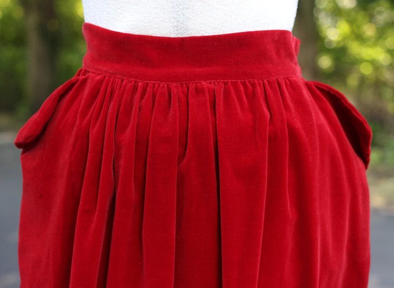 Vintage 1940s 40s Red Velvet Loose Skirt with Cuffed Folded Pocket Detail UK 8 10 Small Medium US 6 High Waist 27