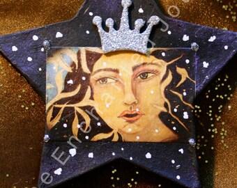 Snow Queen Star B&W