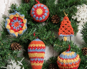 Christmas Decoration Crochet kit. Intermediate Level Crochet Kit. Craft Kit Made By Wool Couture.  Presented in a Reusable Draw String Bag.