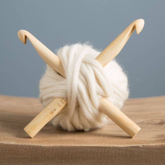 Large Crochet Hooks Bamboo Needles Chunky Jumbo 20mm Yarn Knitting Hook Home DIY