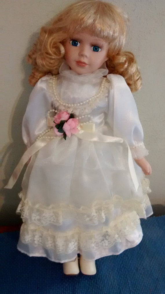Miniature Porcelain Doll*Blonde Hair*Blue Eyes*Red//Green//Lace Dress*CHRISTMAS