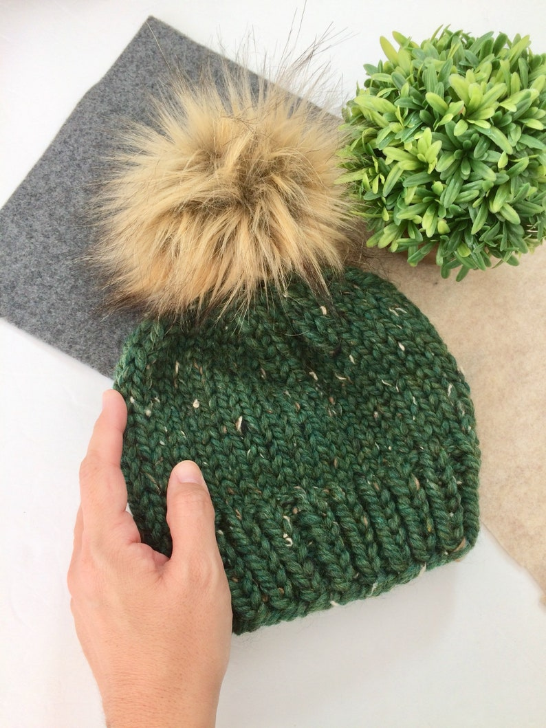 f892b7f7d One Size Childrens Girls Cable Knit Faux Fur Pom Pom Winter Beanie ...