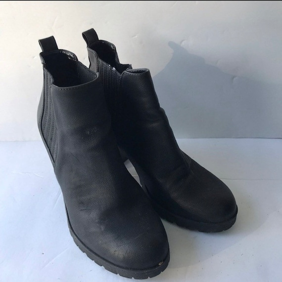 90's Ankle Boots/Booties; vintage boots size 8/8.5 - image 3