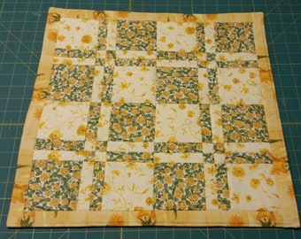 """Quilted Table Mat, 17"""" Square"""