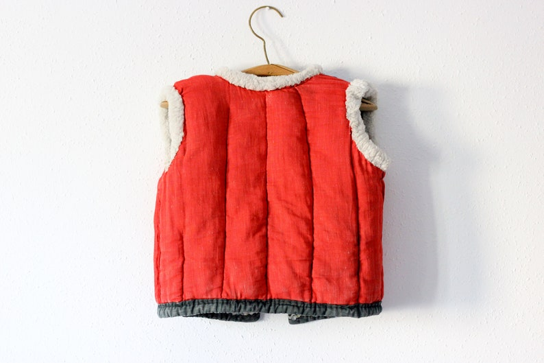 1950/'s Ukrainian Kids Vest  Traditional Hand Quilted Mid Century Toddler Vest Faux Fur Trim --- 2-3 Red Lining Cotton Padded