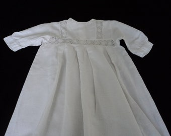 4dacac2f85e Stunning French vintage hand made heirloom christening gown (02846)