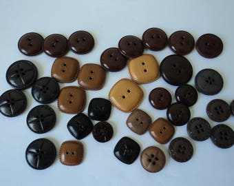 French vintage set of 35 assorted leather look craft buttons (04689)