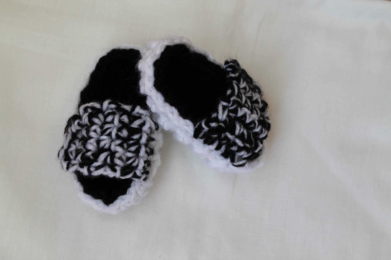 timeless design ecaad d45ba PATTERN Adidas Yeezy sandals, Yeezy Baby Crochet, baby sandals, Pattern  Baby Shoes, Baby Yeezy Boost 350 V2, Pattern Baby Yeezy, Yeezy baby