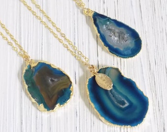 Boho Layering Necklace Gold Small Druzy 8-393 Small Agate Pendant Necklace Teal Geode Small Geode Necklace Raw Stone Necklace