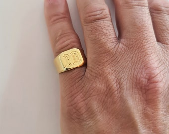 Men's gold pinky ring engraved with initials, Custom square signet ring for men, Personalized male signet ring, Gold initial pinky ring