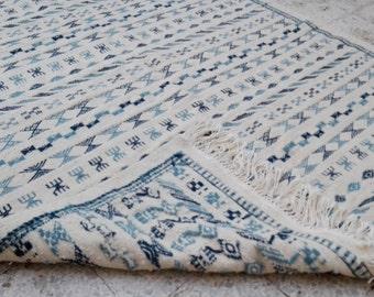 Mergoum HandMade Rug multicolor white blue black green carpet handmade persian turkish morrocan rug kilim african