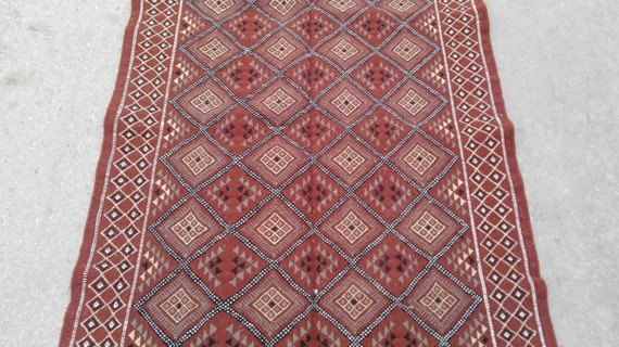 Marron tapis, tapis kilim marron, tapis Kilim rouge, tapis Kilim, tapis  rayé, tapis de haute qualité, cher tapis, tapis fait à la main, unique  tapis, ...