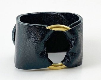 Ring of Hope Leather Cuff Bracelet