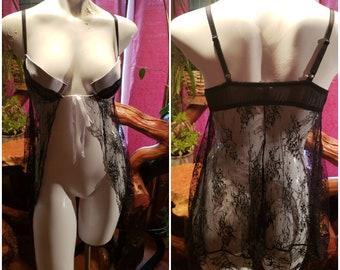 55db3a7a55c Vintage-Sleep wear-Size medium-Nylon-Ribbon-Lace-Gift-Bride-Second  hand-Womens luxury item-LILAC1