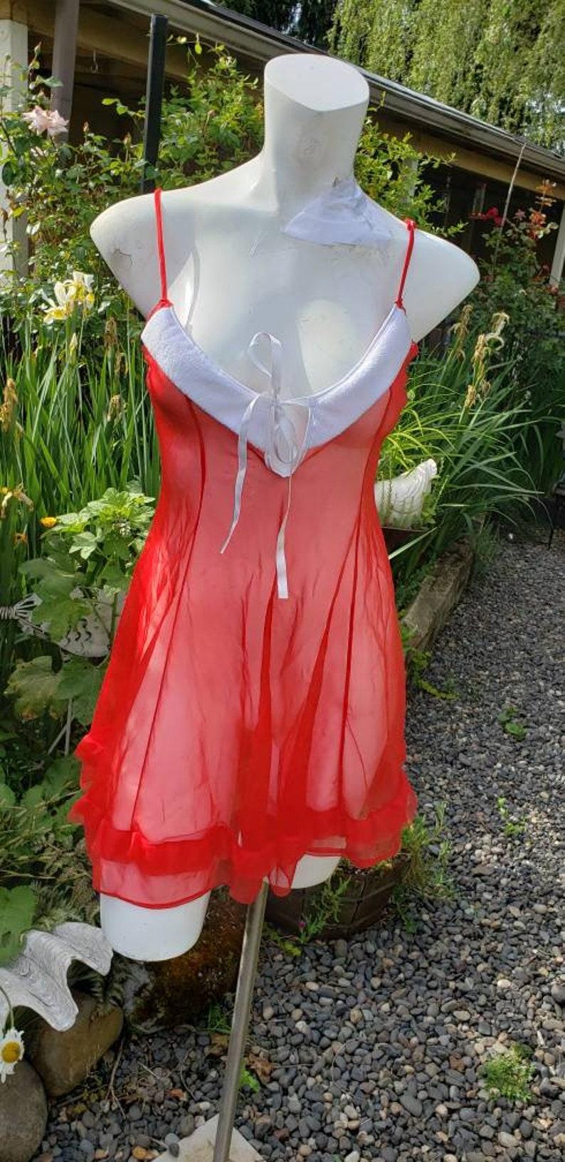 Red vintage  Lingerie Size 2X Holiday Gift Undergarment  Ladies loungewear  Intimate  Feminine Luxury item Date Honeymoon READY