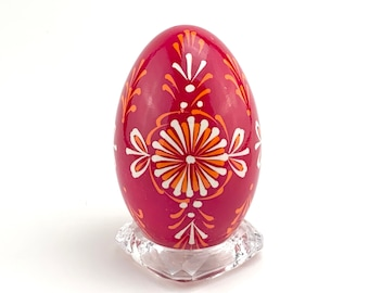 P011R  - Pysanka and stand  - Lemko Drop Pull Flower - Goose  Eggshell