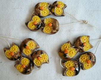 4 piccole perline civetta in ceramica - perline originali - gioielli - perline collana - perline orecchini - orecchini ceramica - regalo