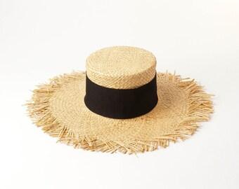 33e8ec519d6c8 Hand braided raffia fringed ring flat top straw hat sun protection beach  raffia straw hat