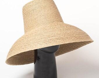 38b48a1566bcd Vintage high top stage catwalk big brim lafite straw hat for ladies summer  sun protection beach big brim hat