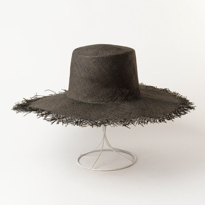Simple and fashionable high flat top with large eaves grinding-edge bauble straw hat outdoor sunshade with large brim flat top straw hat